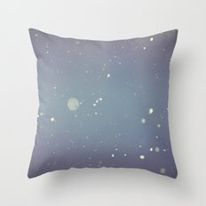 Snow falling down on me Throw Pillow