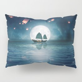 Travel through the Lights Pillow Sham