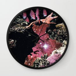 Star Diving Wall Clock