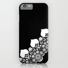 Retro . White lace on a black background . Slim Case iPhone 6s