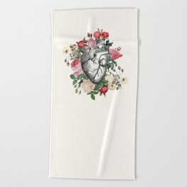 Roses for her Heart Beach Towel