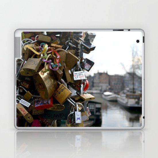 Lovers locks Laptop & iPad Skin