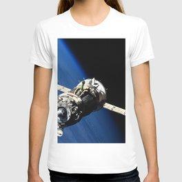 The Soyuz TMA-19 spacecraft departs the International Space Station on Nov 25 2010 T-shirt