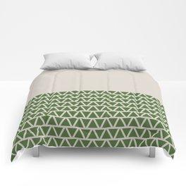 Triangles half Pattern (Treetop Green, Cream) Comforters