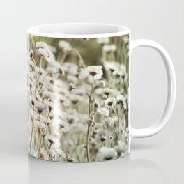 Fleabane Wild Aster Daisy Flowers en Masse Coffee Mug