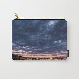 Algo nublado Carry-All Pouch