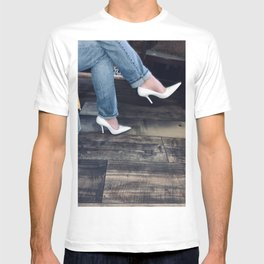 White Pumps. T-shirt
