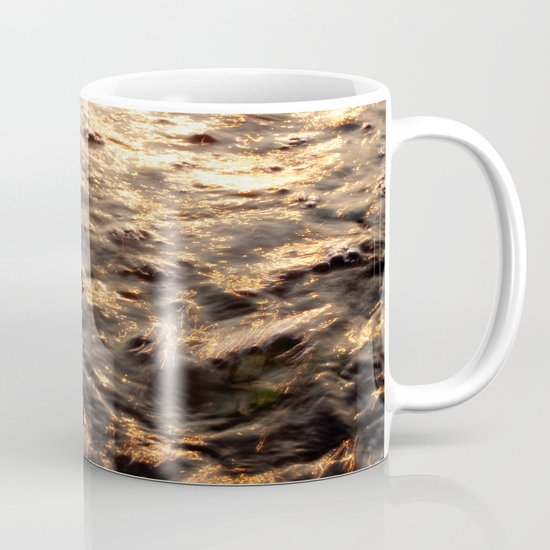 On the trail of the gold Mug
