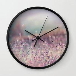 comme une vieille chanson Wall Clock
