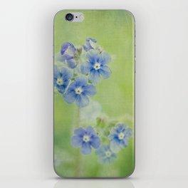 Comfrey Flowers iPhone Skin