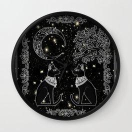 "Tarot ""The Moon"" - silver- cat version Wall Clock"