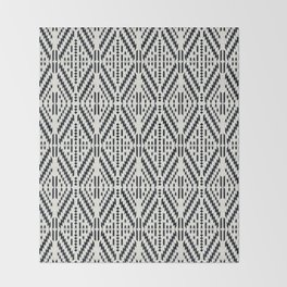 JUNGLIA GEO Throw Blanket