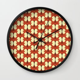 Japonese butterfly rouille Wall Clock