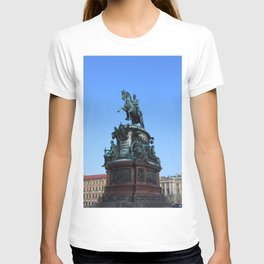 Monument to Nicholas the first. T-shirt