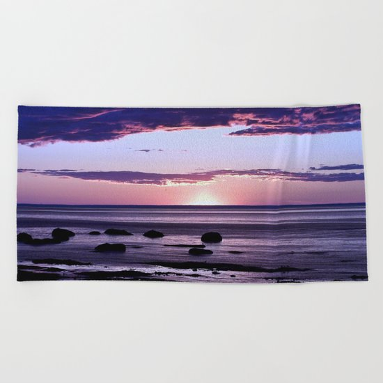 Coastal Sunset Sainte-Anne-Des-Monts Beach Towel