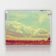 Shooting the Breeze 2.0 Laptop & iPad Skin