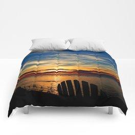 Peace and Relaxation at the Sea shore Comforters