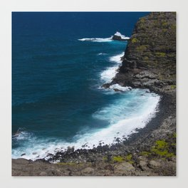 Hawaii Tropical Turquoise Ocean Cove With Bubbly Surf Canvas Print
