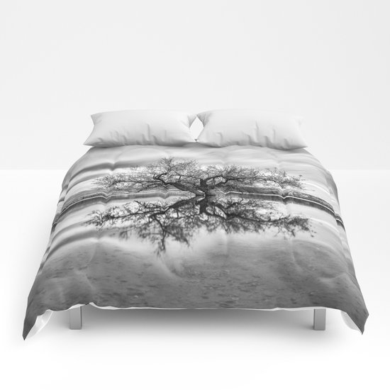 """Magic tree"" Mono Comforters"