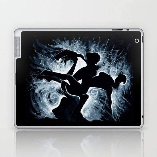 MOMENTOtre Laptop & iPad Skin