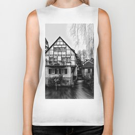 Old timbered house Biker Tank