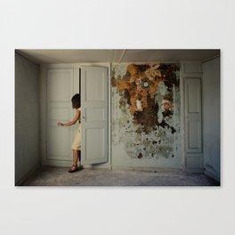 Le mystère de la chambre jaune Canvas Print