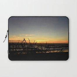 SUNSET OVER THE PACIFIC OCEAN THRU THE BEACH GRASS Laptop Sleeve