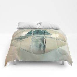 The Battle - Captain Ahab and Moby Dick Comforters