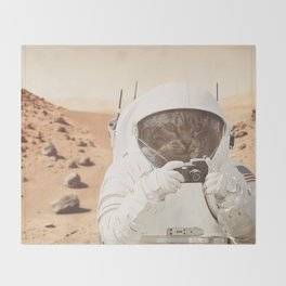 Astronaut Cat on Mars Throw Blanket