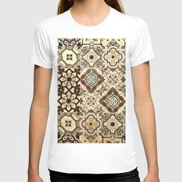 Moroccan Tiles. Brown Spanish Moroccan Tiles Pattern. Mosaic Tiles T-shirt