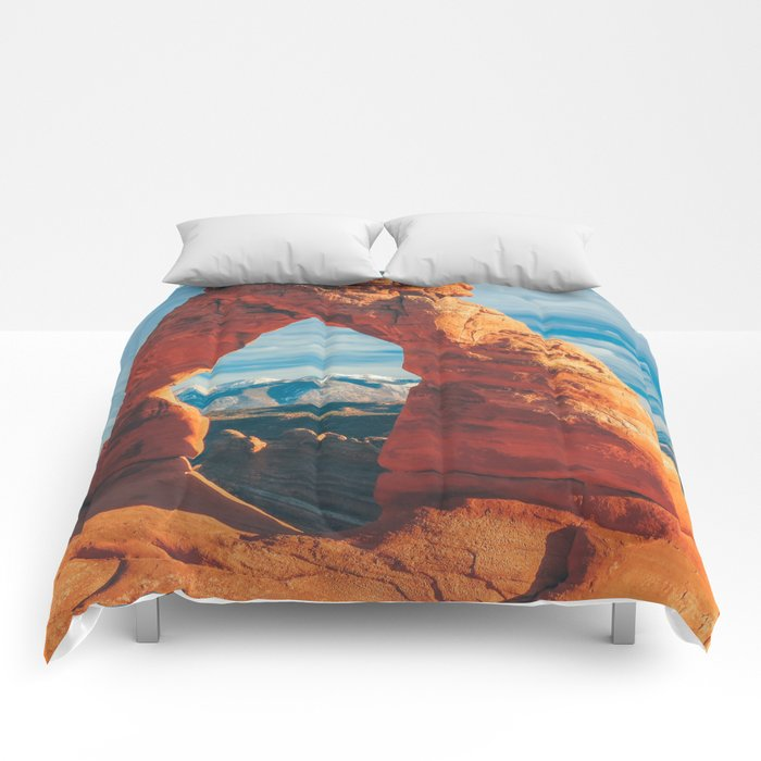 Delicate Arch Comforters