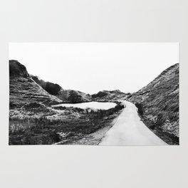 Road through the Glen - B/W Rug