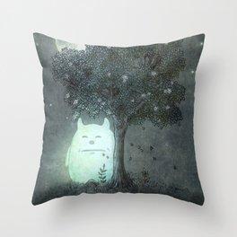 Full Moon Spirit  Throw Pillow