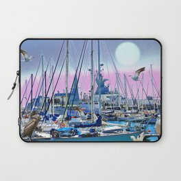 Stretching High Laptop Sleeve