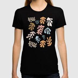 Seaweeds and sand T-shirt