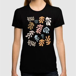 Seaweeds and sand T-shirt