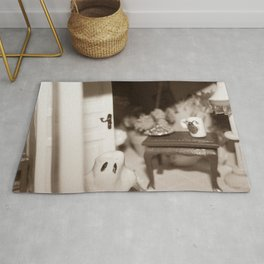 Welcome To Our (Spooky) Home Sepia Rug