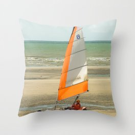 char à voile, le Touquet  Throw Pillow