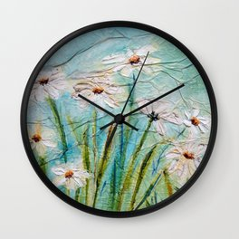 Pequenas margaridas brancas I (Little white daisies I) Wall Clock