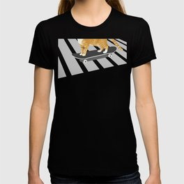 Skateboarding cat T-shirt