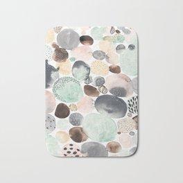dots 2 Bath Mat
