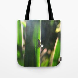 8 Leg Light Tote Bag