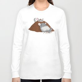 Chinchillas in a pile of poop Long Sleeve T-shirt