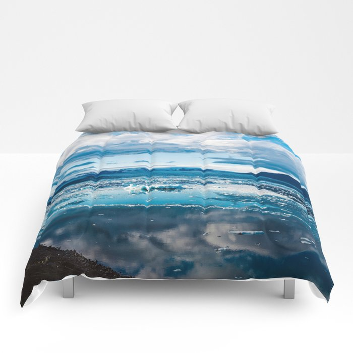 Cold Winds Comforters