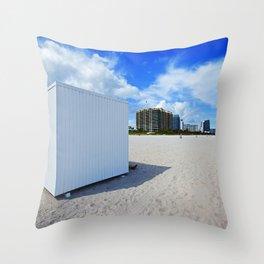beach box Throw Pillow