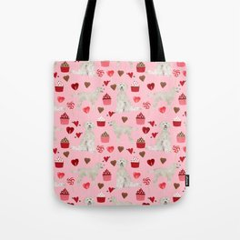 Golden Doodle dog breed valentines day art pattern dog gifts for dog lovers hearts and cupcakes Tote Bag