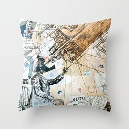 Mond observer Throw Pillow