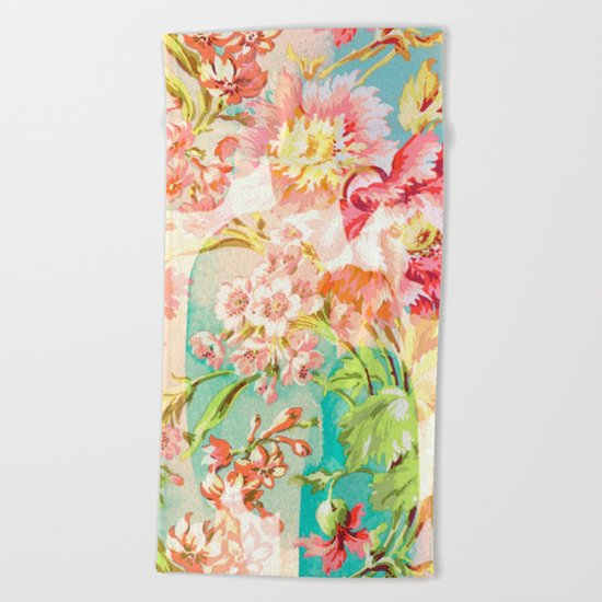 hide and seek floral Beach Towel