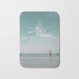 Paddle Triangle Bath Mat