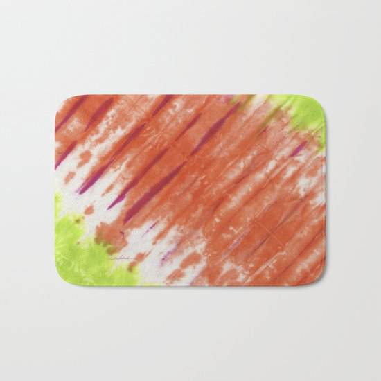 Pleated and Laced Bath Mat